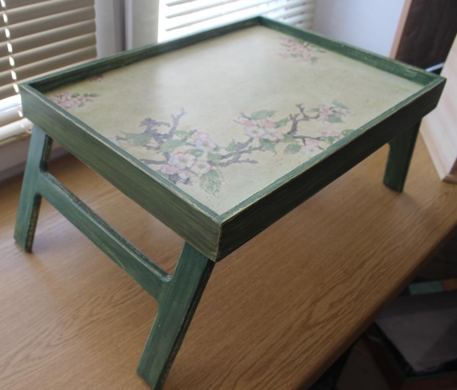 столик поднос сакура