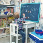меловая синяя доска в детской